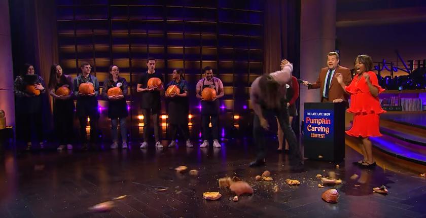 Watch Jason Momoa smashing Halloween Pumpkin Carving