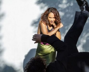 Lesley-Ann Brandt aka Maze got off the stage to calm a crying baby in one of her program