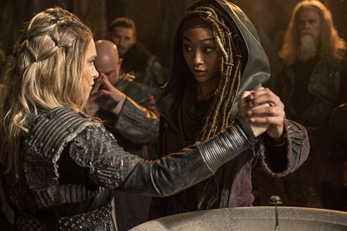 Clarke and Gaia Claia the 100